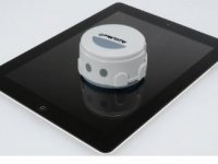 Robotic iPad Cleaner