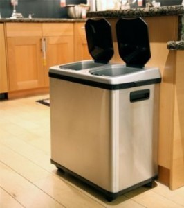 iTouchless 16 Gallon Dual-Compartment Stainless Steel Sensor Activated Recycle Bin