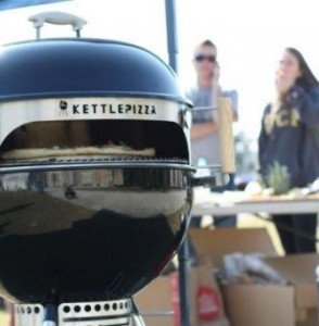 KettlePizza for 18.5-Inch and 22.5-Inch Kettle BBQ Grills